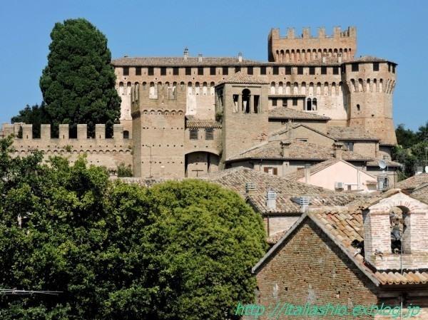 1-4 Rocca di Gradara_GF.jpg