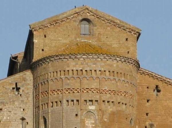 13-Tuscania01.jpg
