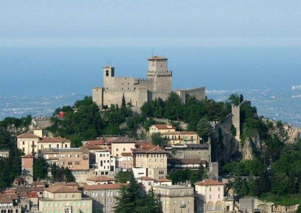 18-S.Marino -Rocca della Guaita.jpg
