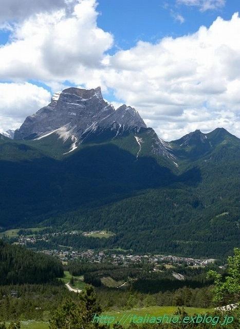 2-3-Monte Pelmo e San Vito di Cadore dal sentiero per il rifugio_GF.jpg