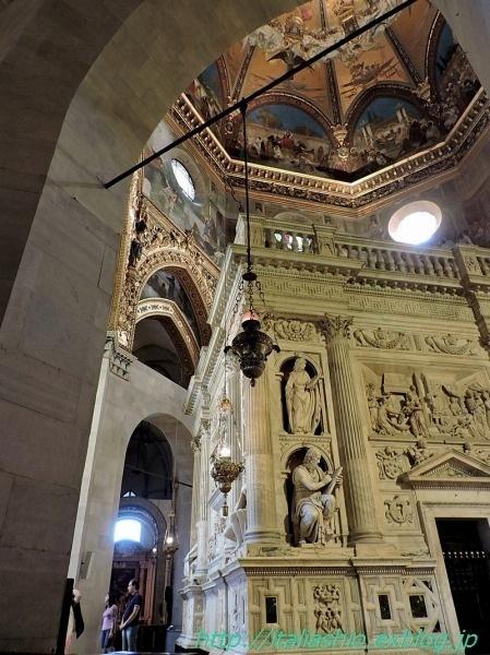 21-1- Interno della Basilica_GF.jpg