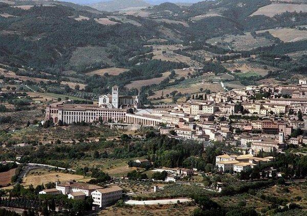 3-Assisi -Perugia.jpg