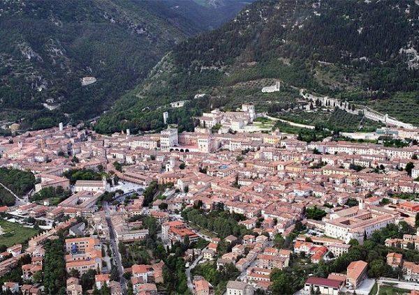 4-Gubbio -Perugia.jpg